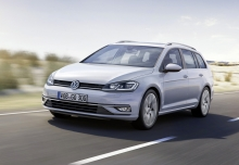 New Volkswagen Golf Estate Petrol 5 Doors