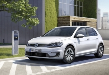 New Volkswagen Golf Hatchback Electric 5 Doors