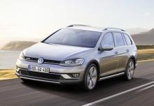 New Volkswagen Golf Estate Diesel 5 Doors